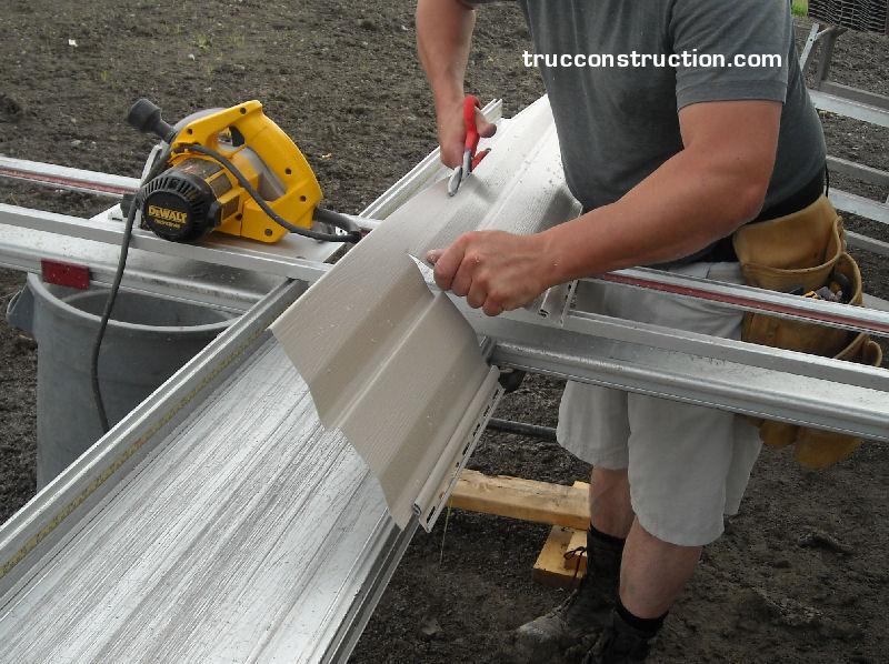 Le parement en aluminium for Revetement pour porte